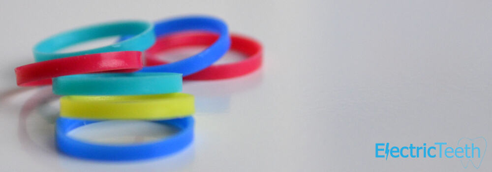 Coloured_Rings_Oral_B_Brush_Headc