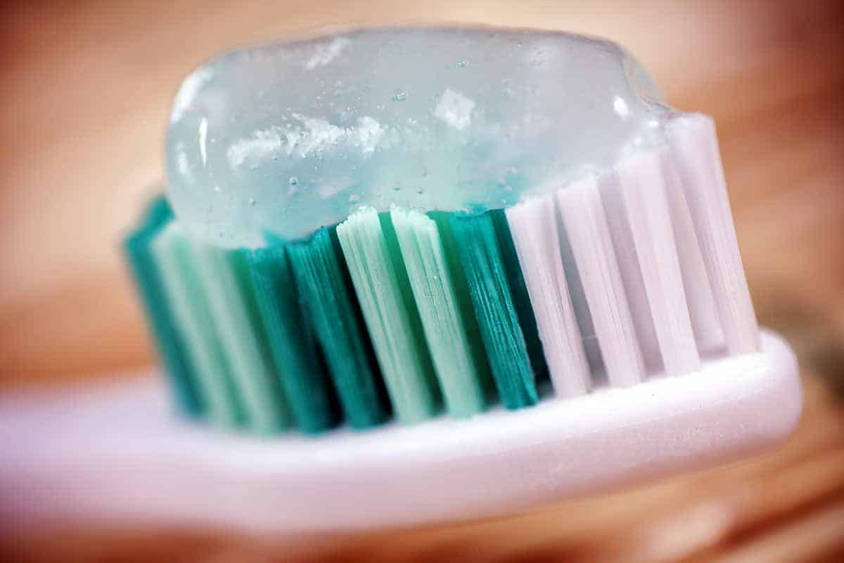 Toothpaste Ingredients What S Safe And What Isn T