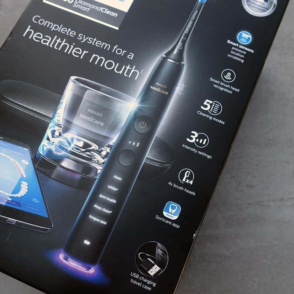 Philips Sonicare DiamondClean vs DiamondClean Smart 2