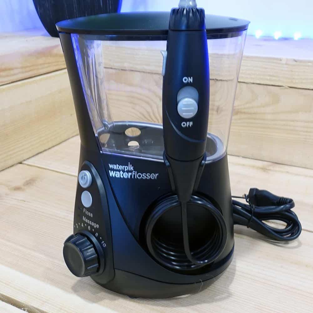 waterpik wp 660uk ultra professional water flosser review electric teeth. Black Bedroom Furniture Sets. Home Design Ideas