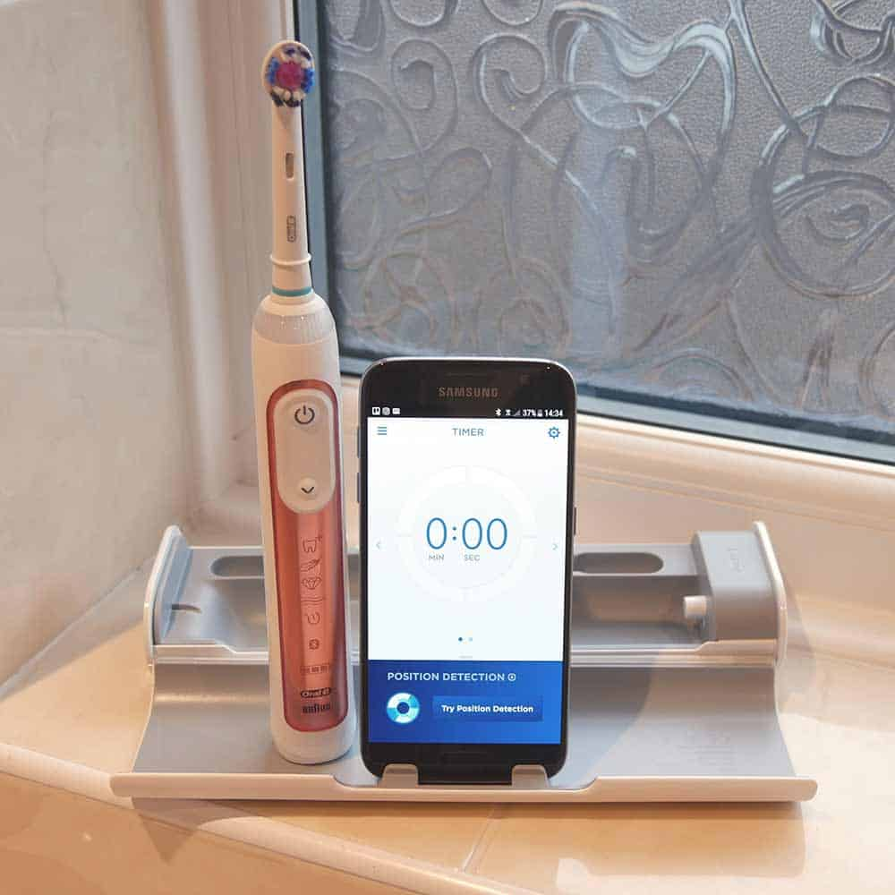 Oral-B Genius 9000 vs Sonicare DiamondClean Smart 19
