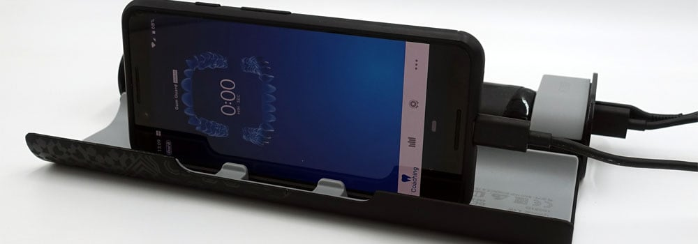 Demonstration of smart phone in the travel case