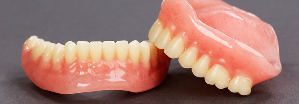 Dentures A Guide To Types Of False Teeth Their Costs Electric Teeth