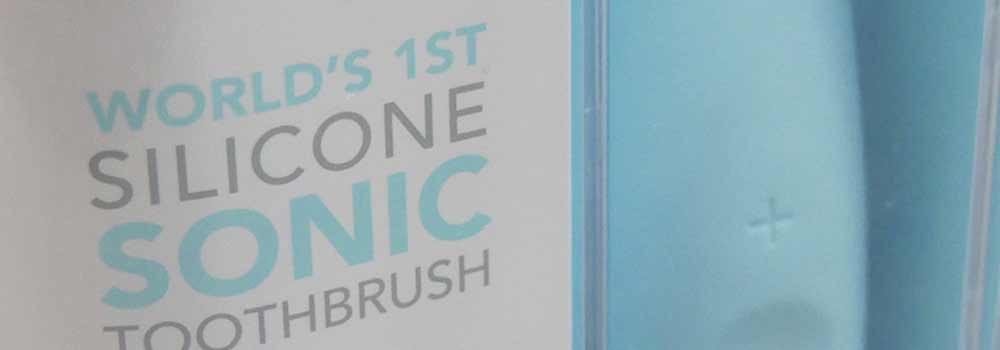 Silicone & Rubber Bristled Toothbrushes: How Do They Compare To A Normal Toothbrush? 5