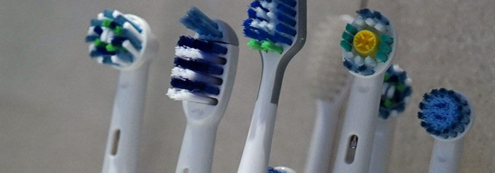 Range of electric toothbrush brush heads